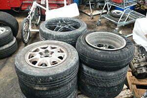 Scrap-Wheels-with-tyres